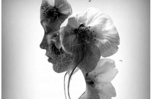 kukista rakennettu nainen