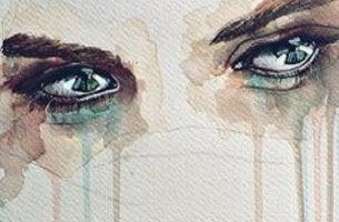 Silmät kyynelissä