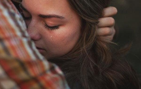 Etsi joku, jonka kanssa voit olla haavoittuvainen