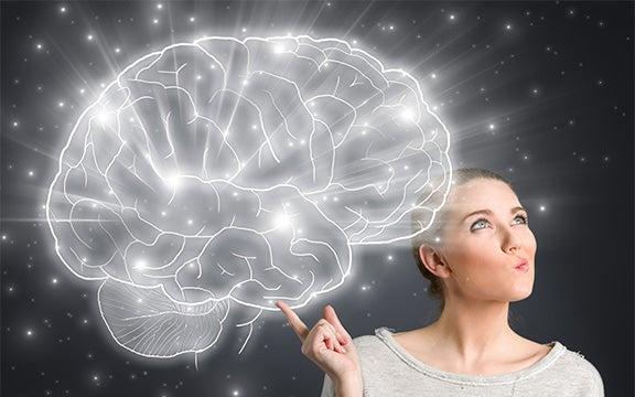 nainen miettii aivojaan