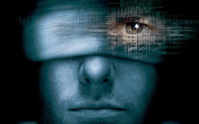 yksi silmä näkee vaikka side silmien päällä, kuudes aisti