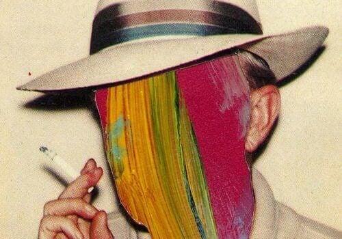 tupakoitsijan värikkäät kasvot