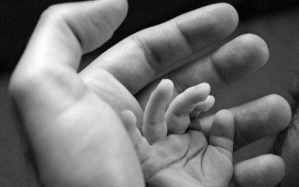 Jokaisella itseensä uskovalla lapsella on vanhemmat, jotka uskoivat häneen ensin