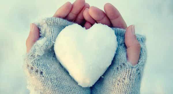 Jäästä tehty sydän: Ihmiset, joille on hankalaa ilmaista tunteita