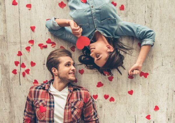 pariskunta ja sydämet