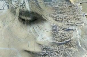 nainen ja ennakoiva ahdistus