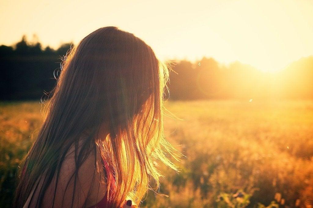 onnellisuus auringonnoususssa