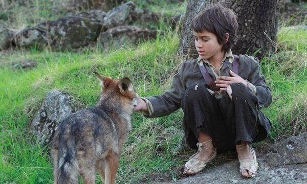 Elämää susien keskellä: villin lapsen tarina