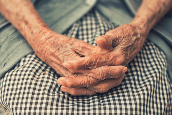 Kuinka dementia vaikuttaa perheeseen: konfliktien käsittely