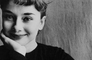 Audrey Hepburn nuorena
