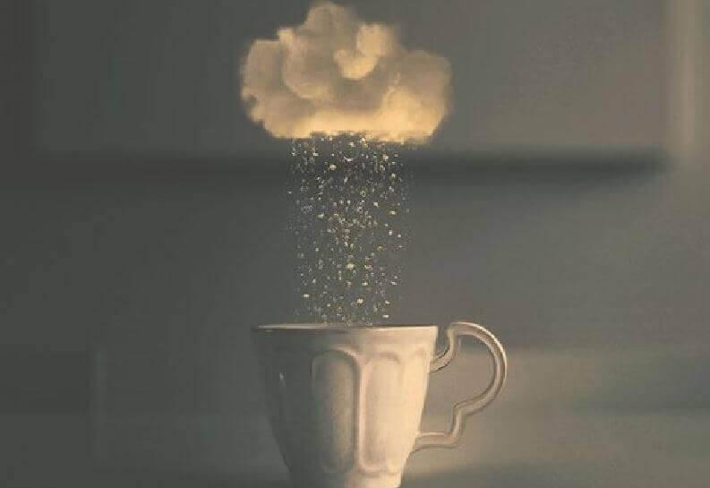 kahvikuppiin sataa