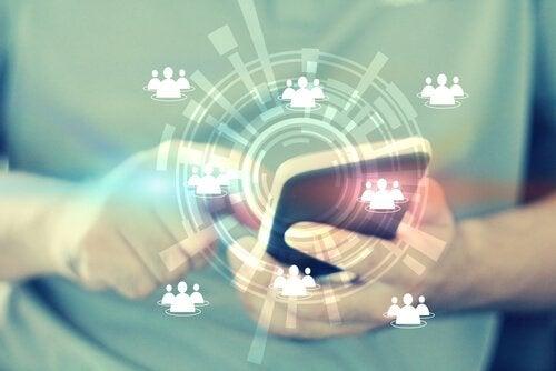 Viraaliuutiset – miten meitä manipuloidaan