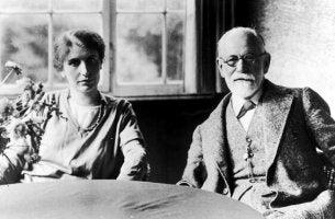 Anna Freud ja Sigmund Freud