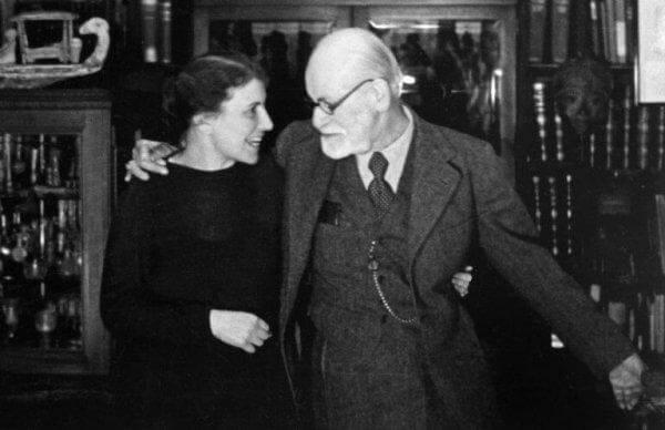 Anna Freud isänsä kanssa