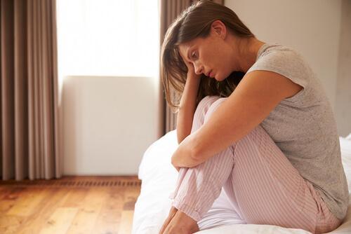 Emätinkouristus: määritelmä, oireet ja hoito