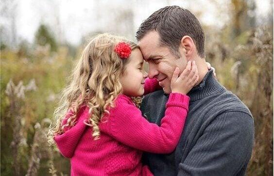 Tyttäret jotka korottavat yhden isät yhtä tasapainoisiksi ja niin onnellinen kuin tyttäret esille.