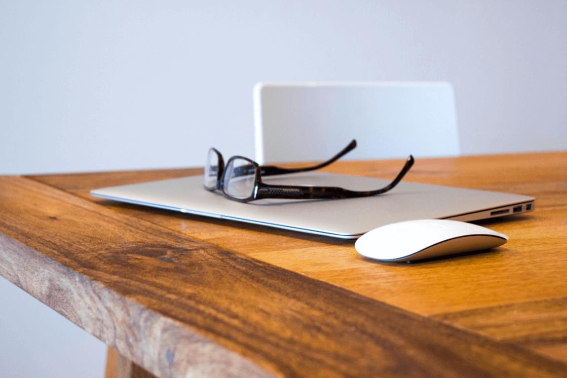 macbook ja silmälasit