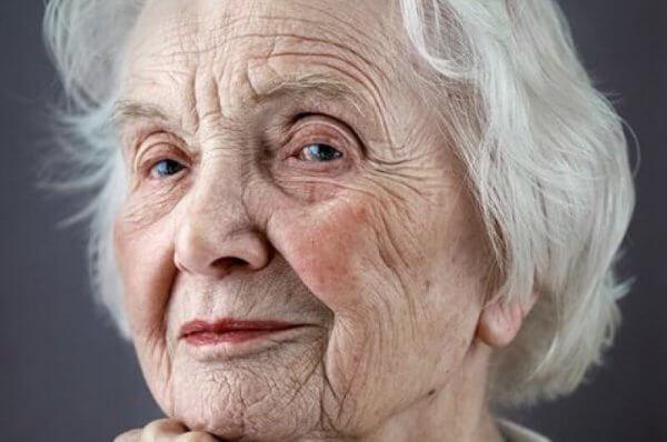 5 tapaa kunnioittaa vanhuksia elämässäsi