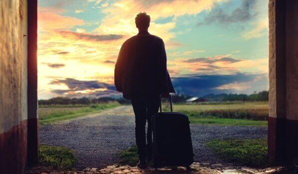 mies lähtee reissuun