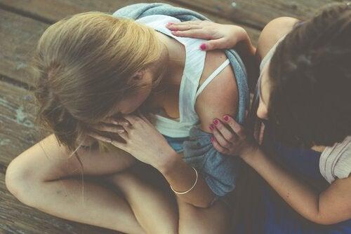 kaksi ystävystä ja tunnetartunta