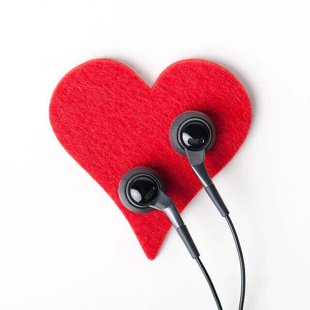 mitä aktiivinen kuuntelu tarkoittaa