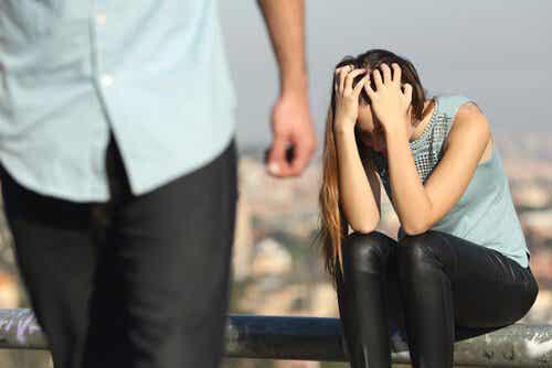 Mustasukkaisuuden hulluus parisuhteessa