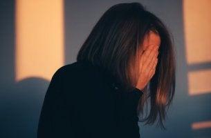 nainen, lopeta itsensä syyttäminen