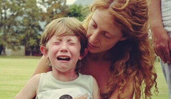 3 psykologista tekniikkaa hermostuneen lapsen rauhoittamiseksi