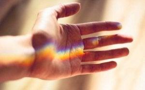 valojuova kädellä