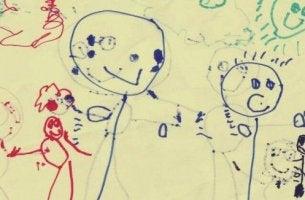 lapsen piirustus perheestä