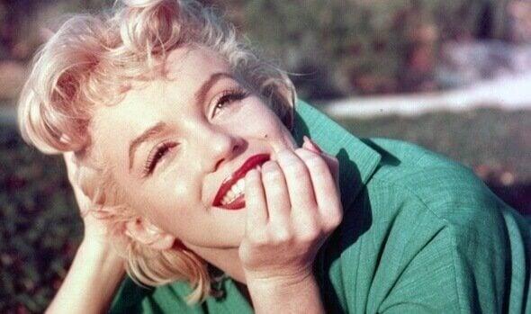 Marilyn Monroe -oireyhtymä on kulissia