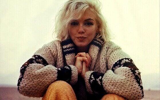 Marilyn Monroe tavallisemman näköisenä