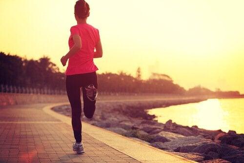 miten pitää itsestämme huolta: liikunta