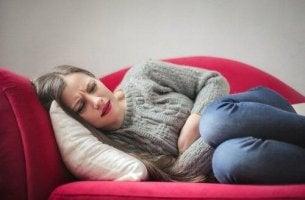 ärtyvän suolen oireyhtymä aiheuttaa vatsakipua