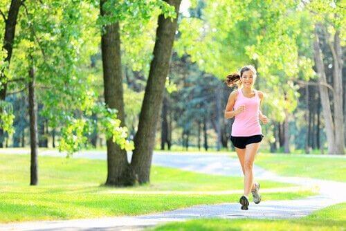 stressi ja ärtyvän suolen oireyhtymä: liiku