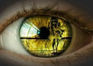 silmä näkee perheväkivaltaa