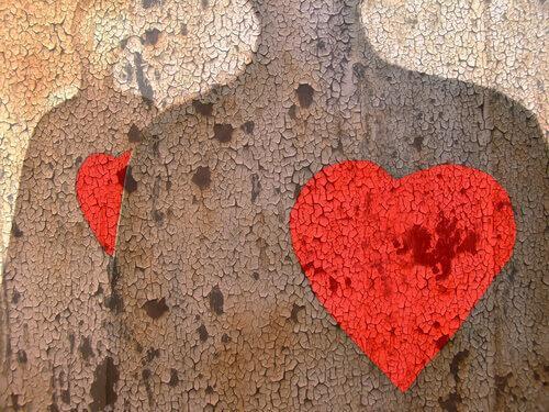 kaksi ihmistä ja sydämet