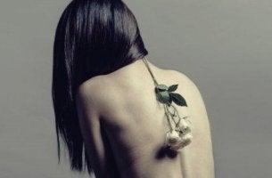 naisen psykosomaattiset häiriöt