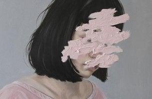 naisen naama on sutattu