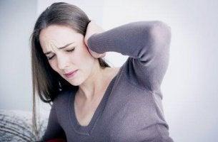 naisen tinnitus