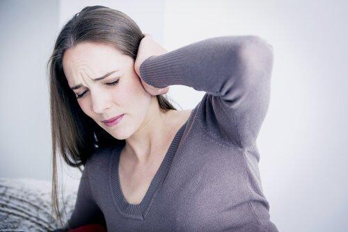 Emotionaalisiin ongelmiin liittyvä tinnitus