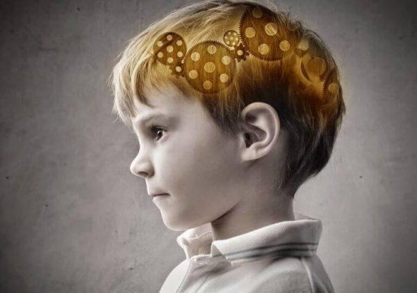 lapsen aivoissa raksuttaa