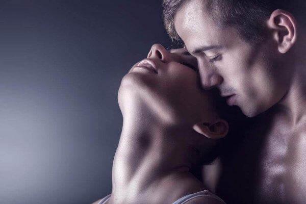 Miten antaa naisille ruiskuttaminen orgasmi
