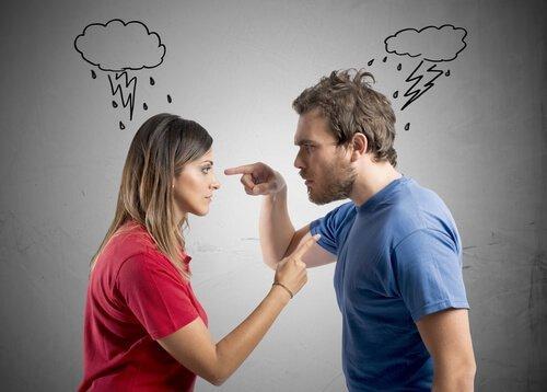 vihainen pariskunta