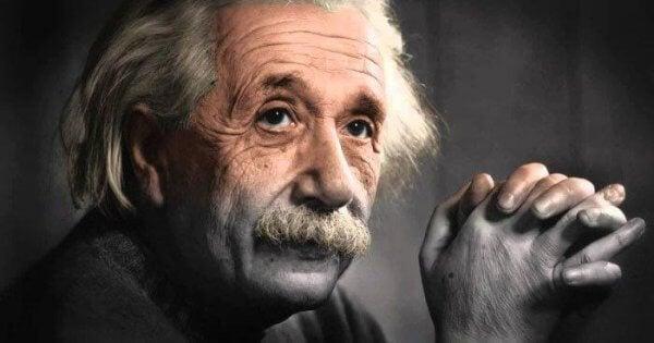 5 Albert Einsteinin lainausta henkilökohtaisesta kasvusta
