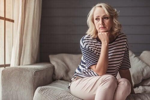 nainen täyttänyt 50 ja masentunut