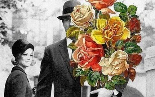 mies tuo naiselle kukkia