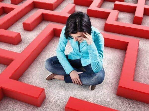 patologinen ahdistus ja tunne kuin olisi labyrintissä