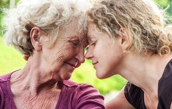 Kuinka autat surumielistä vanhusta