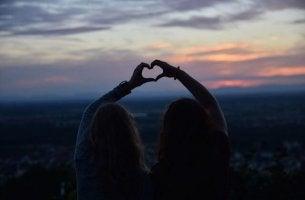 ystävyys kestää ikuisesti